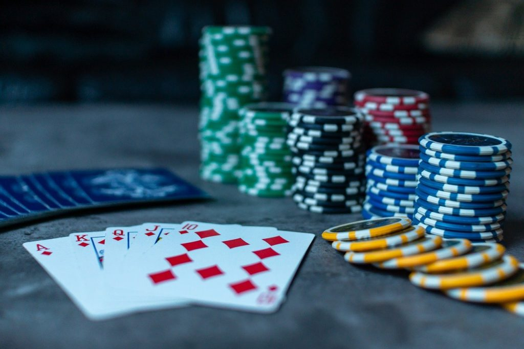 Online club bandarqq betting