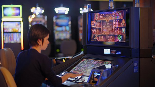 HOW TO PLAY CASINO GAMES IN MIAMI (FOR A BEGINNER)